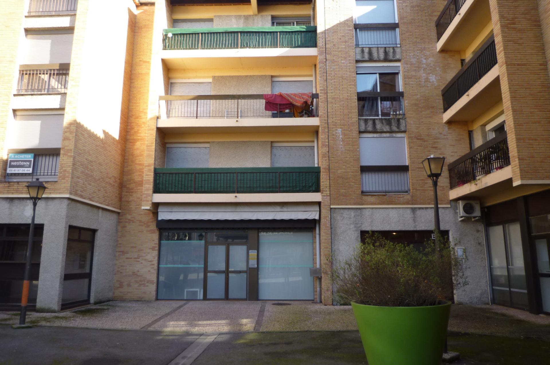 vente appartement 1 pièces CAZERES 31220